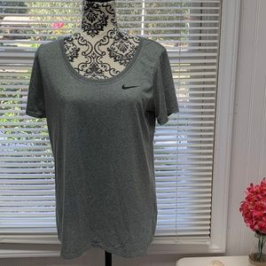 Nike Dri-Fit Short Sleeve T-Shirt Size Large